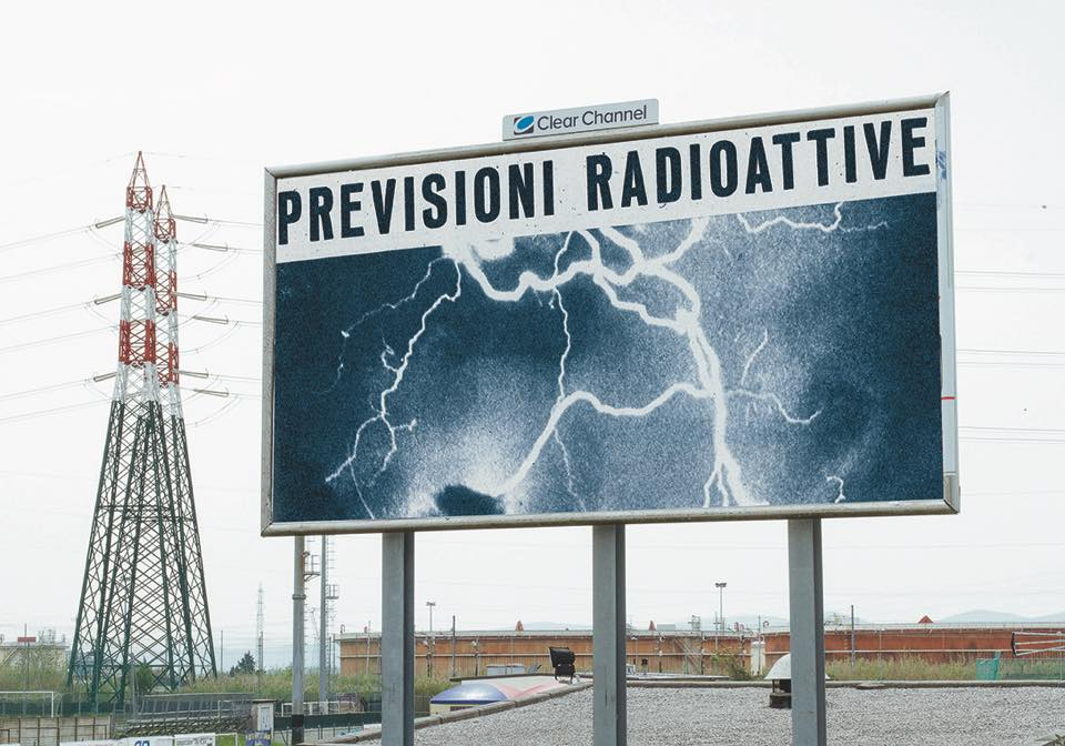 FUTURE'S TRICKS - Previsioni radioattive